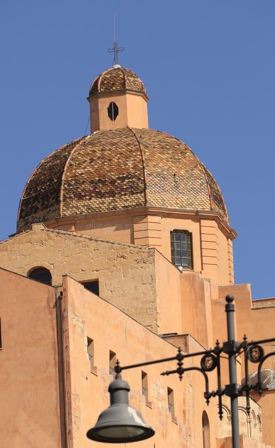 Der orange Turm der Kathedrale von St. Maria Asunta und St Cecilia stockfoto