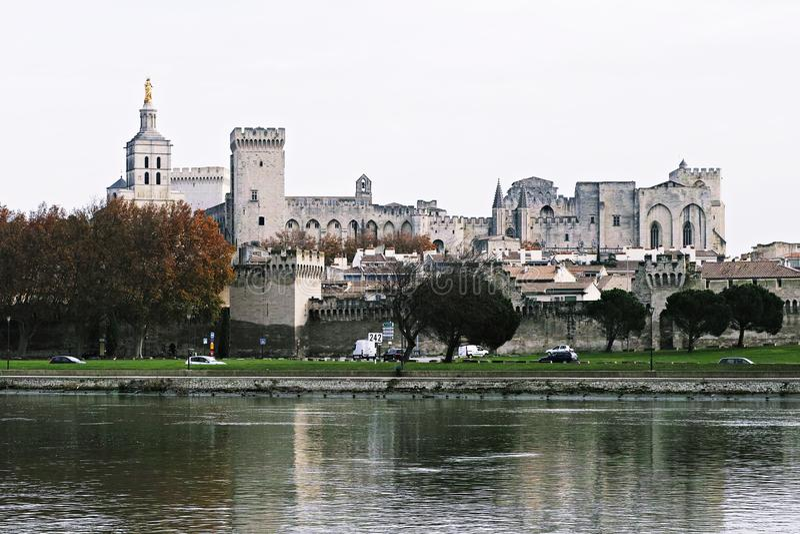 Der Päpste ` Palast von Avignon lizenzfreie stockbilder