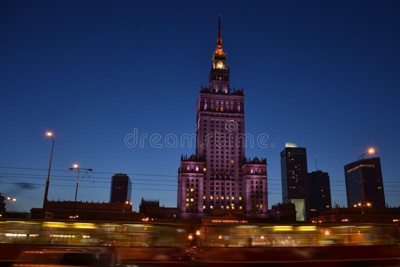 Der Palast der Kultur und der Wissenschaft in Warschau lizenzfreie stockfotografie