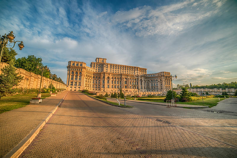 Der Palast des Parlaments in Bukarest, Rumänien lizenzfreies stockbild