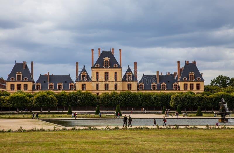 Der Palast von Fontainebleau lizenzfreie stockfotos