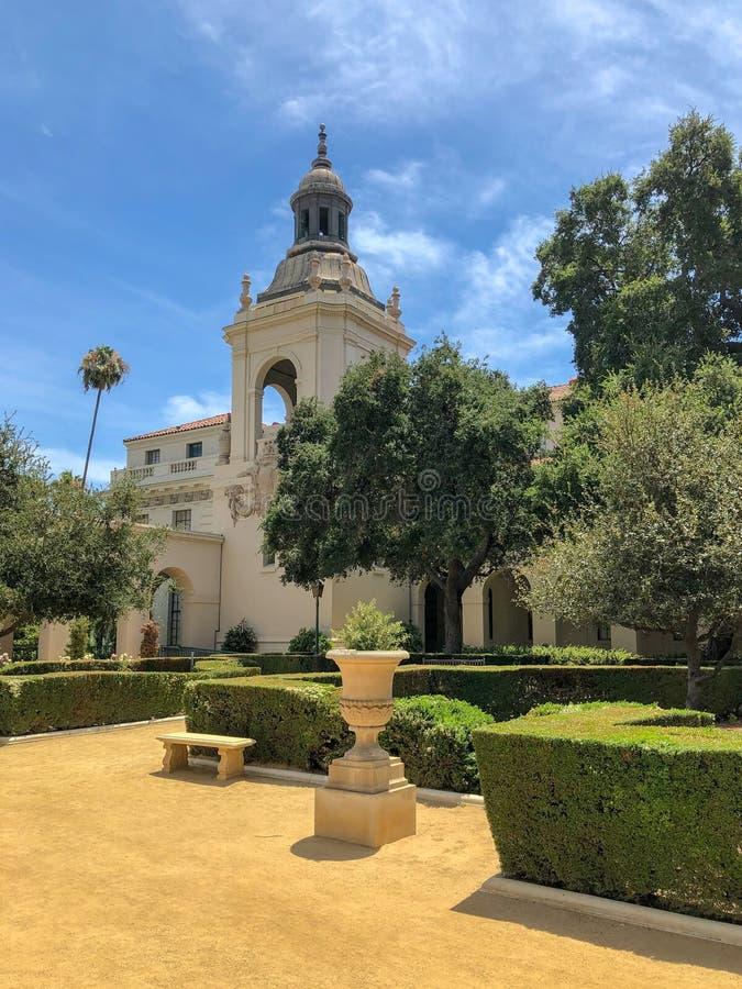 Der Pasadena-Rathaus-Garten stockfotografie