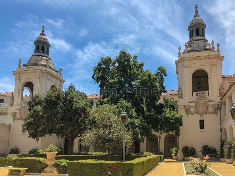 Der Pasadena-Rathaus-Garten stockfotos