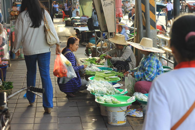 Der Plattenmarkt in Thailand stockbilder