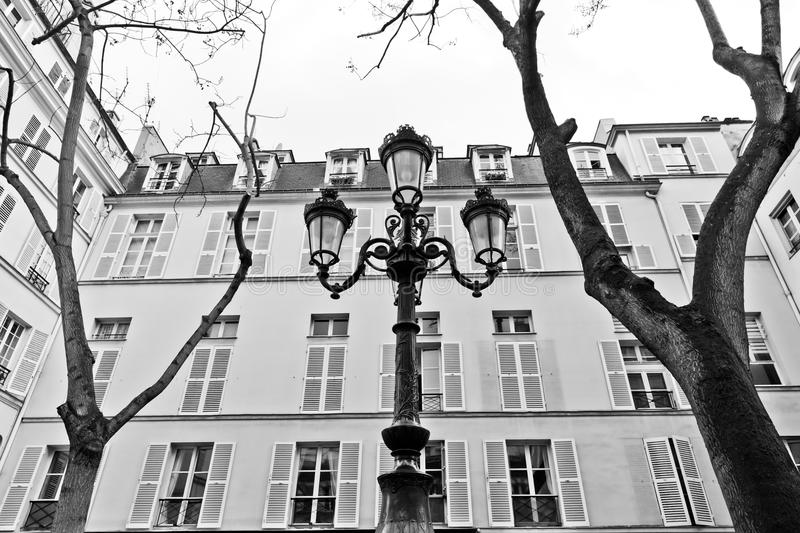 Paris - Place de Fustemberg stockbild