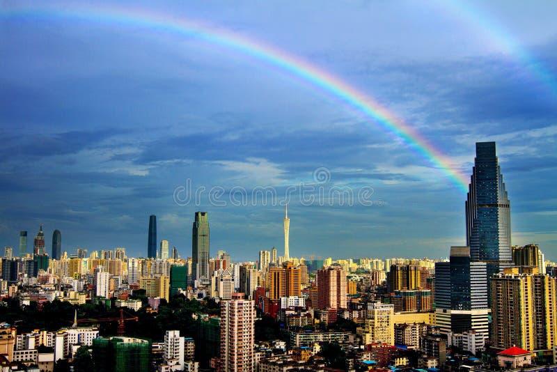 Der Regenbogen des Bezirks stockfoto