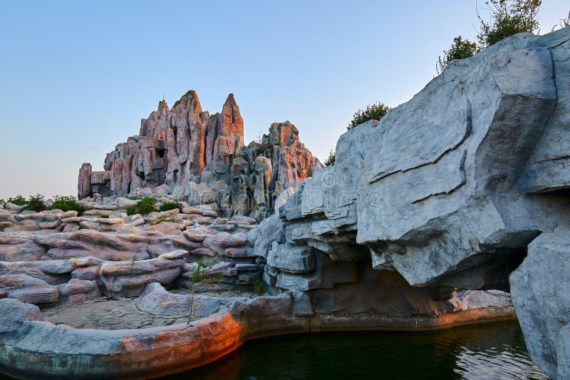 Der rockwork Sonnenuntergang lizenzfreie stockbilder