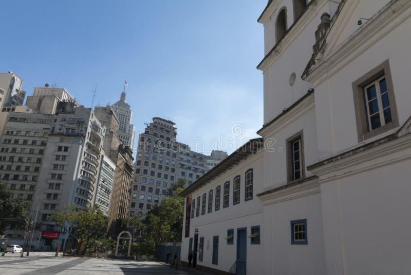 Der Schulhof-Patio tun Colegio-Quadrat in Sao Paulo, SP, Braz lizenzfreies stockfoto