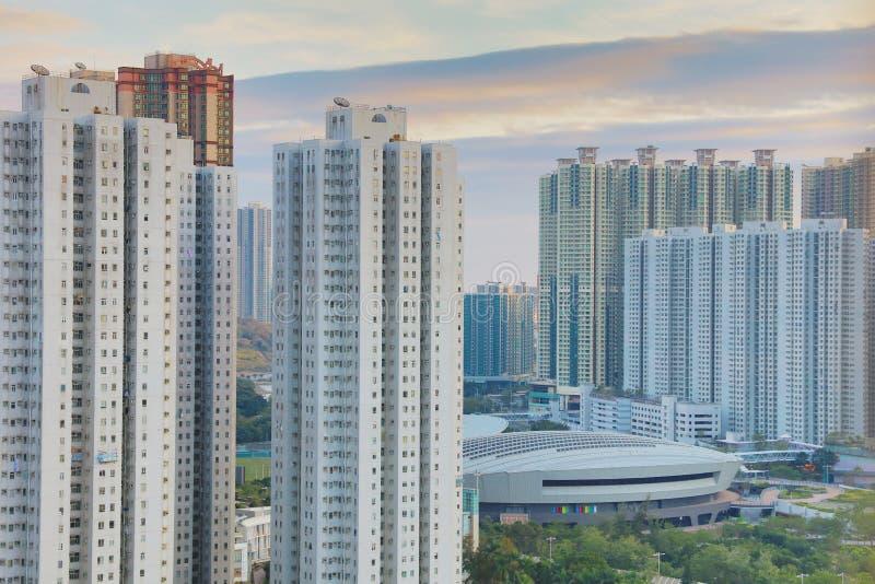 der Sonnenuntergang von PO Shun Road an TKO lizenzfreie stockbilder