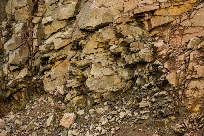 An der Steinbruchkies-Geologiebeschaffenheit stockfotos