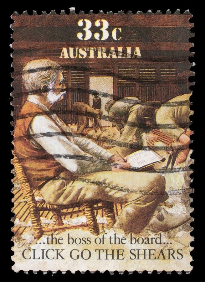 Der Stempel, der in Australien gedruckt wird, zeigt Schafschur, den Chef des Brettes lizenzfreie stockfotografie