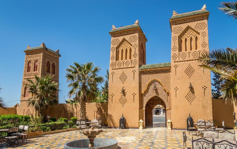 In der Straße von Midelt in Marokko lizenzfreies stockfoto