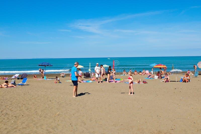 Der Strand von Castiglione-della Pescaia im blogheri Bereich herein stockfoto