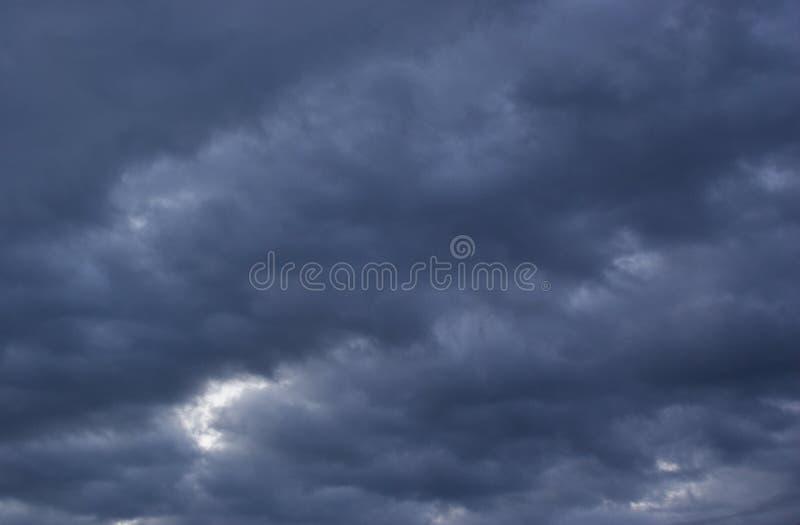 Der Sturmhimmel stockfoto