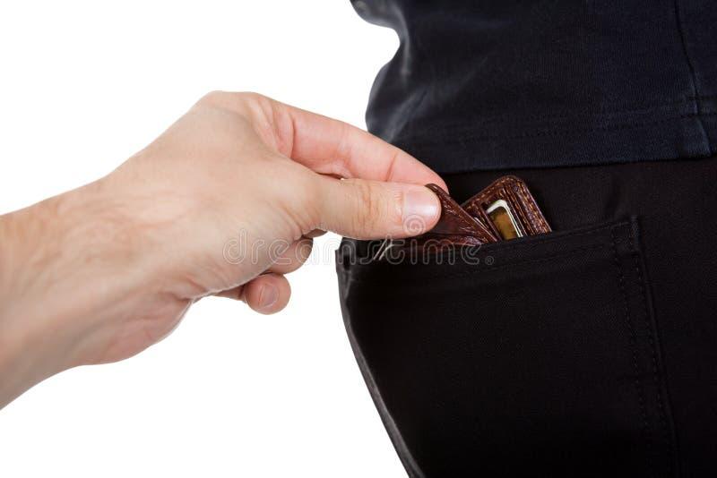 Der Taschendieb, der a stiehlt, bemannt Geldbörse lizenzfreie stockfotos