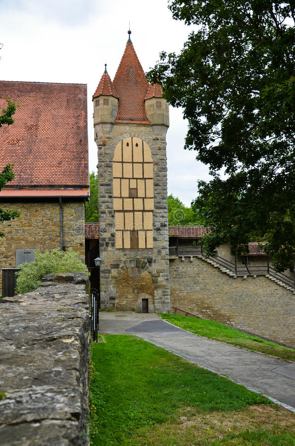 Der Tauber do ob de Rothenburg, torres foreshortening 3 foto de stock royalty free