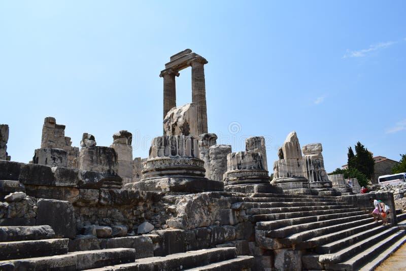 Der Tempel von Apollo in Didim lizenzfreies stockbild