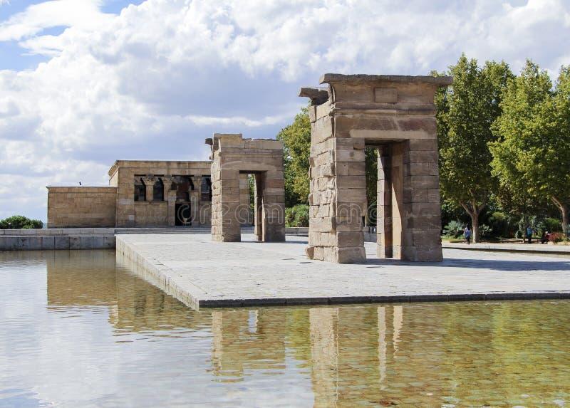Der Tempel von Debod, ein alter ägyptischer Tempel, der in Madrid umgebaut wurde lizenzfreie stockfotografie