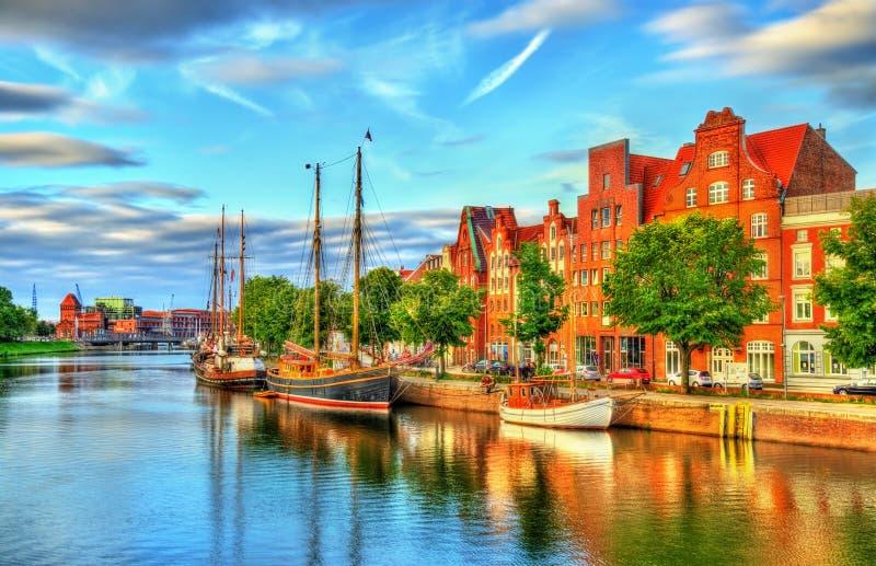 Der Trave-Fluss in Lübeck - Deutschland stockfoto