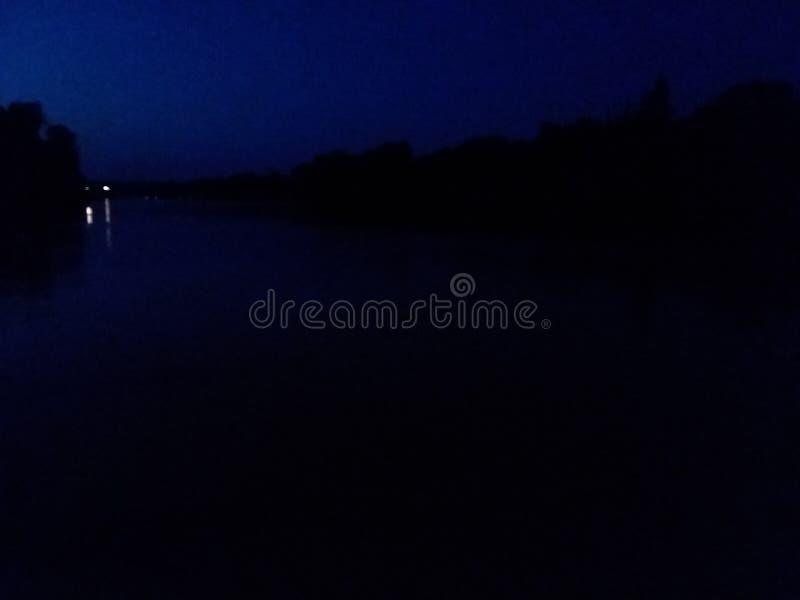 Der Trinity Fluss lizenzfreie stockbilder