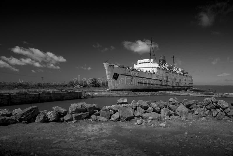Der TSSHerzog von LancasterÂ-Schiff angekoppelt bei Mostyn, Nord-Wales, Vereinigtes Königreich - 30. Mai 2010 lizenzfreies stockfoto