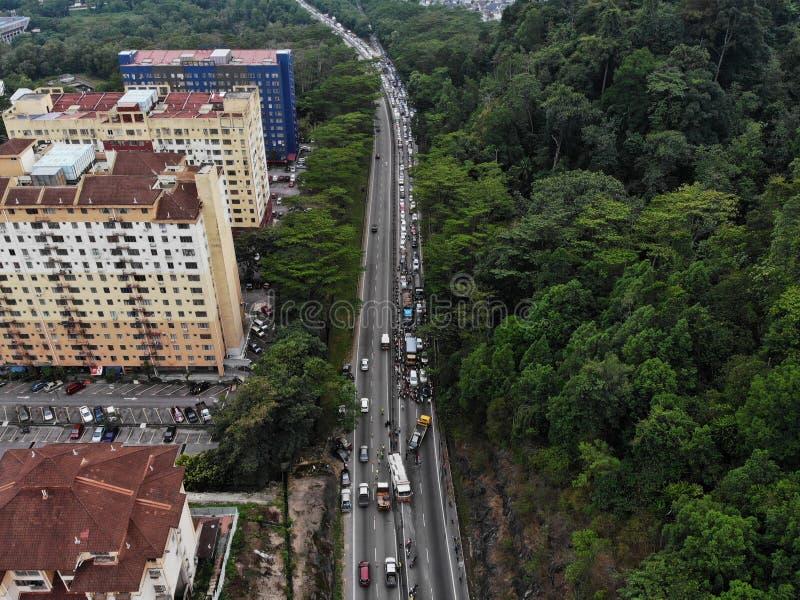 Der Unfall trat auf, einige Autos mit einbeziehend, verursachen Stau lizenzfreie stockfotos