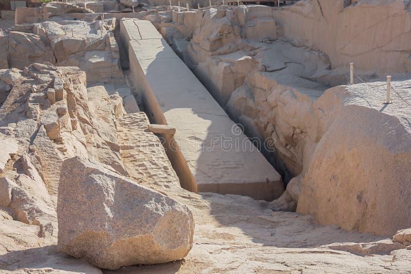 Der unfertige Obelisk von Assuan lizenzfreie stockfotografie