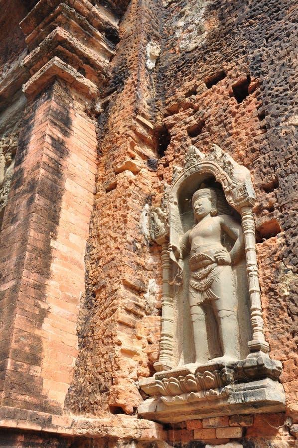 Der Wächter von ruiniertem Preah Ko Wat in Roulos, Siem Reap, Cambod lizenzfreies stockbild