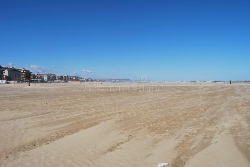 Pescara Strand der windswept strand pescara stockbild bild italien hafen