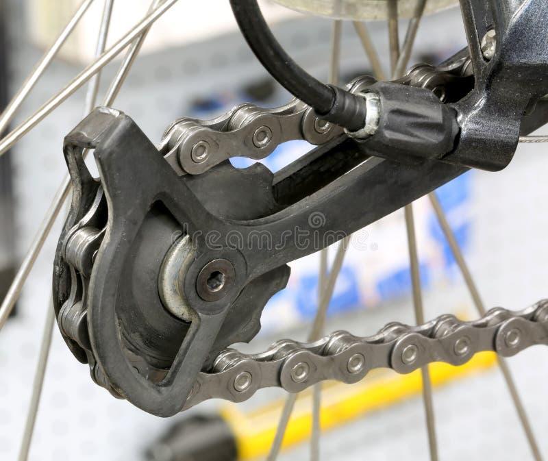 Derailleur kugghjul är ett överföringssystem på cyklar royaltyfria bilder