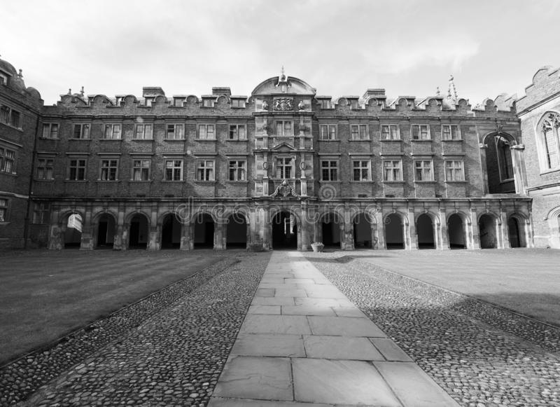 Derde Hof bij St John Universiteit in zwart-wit stock fotografie