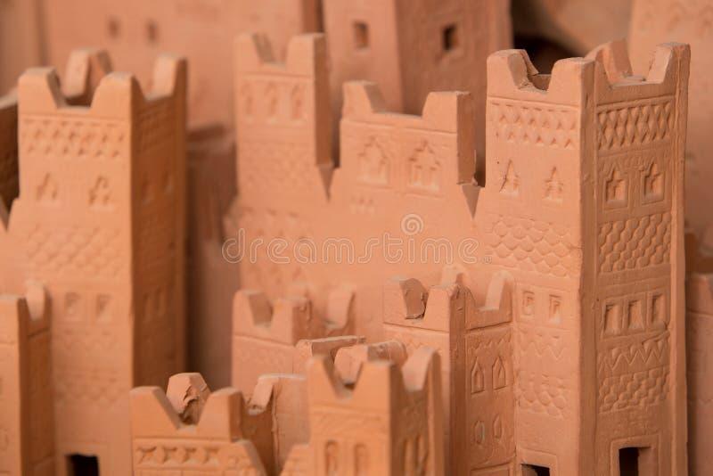 Derida su di Ait Ben Haddou, un Kasbah medievale costruito in adobe fotografia stock