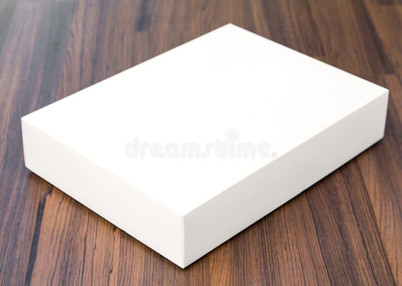 Derisione in bianco della scatola bianca su fotografia stock libera da diritti