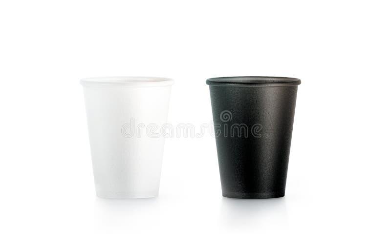 Derisione eliminabile in bianco e nero in bianco della tazza di carta su isolata fotografia stock libera da diritti