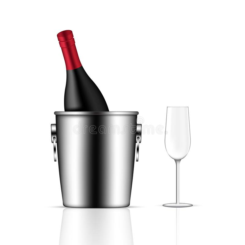 Derisione sulla bottiglia, sul secchiello del ghiaccio e sul vetro realistici di vino sull'illustrazione bianca del fondo illustrazione vettoriale