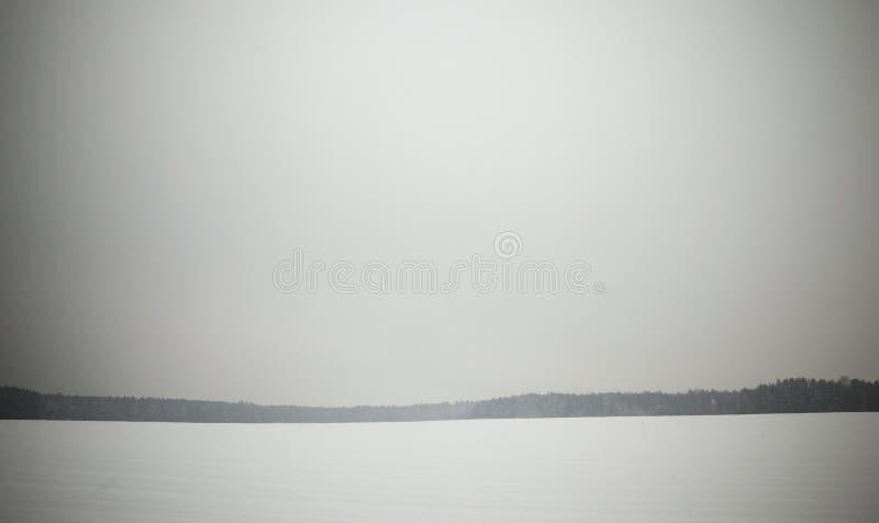Derivas de la nieve en invierno fotos de archivo