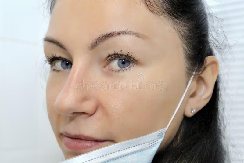 Dermatologa chirurga portret - selekcyjna ostrość obrazy royalty free