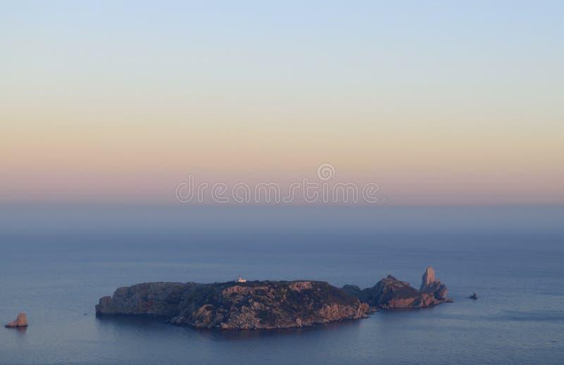 Dernière lumière du soleil du jour dans des îles de Medes photo libre de droits