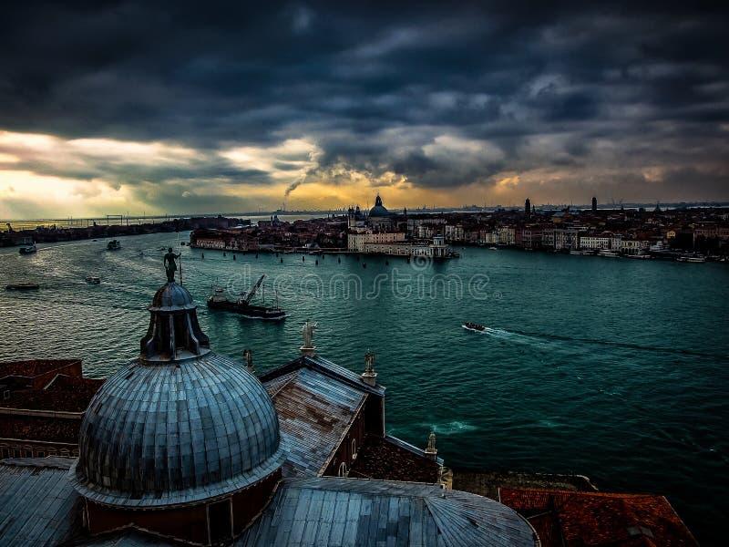 Derniers rayons de Sun à Venise image stock
