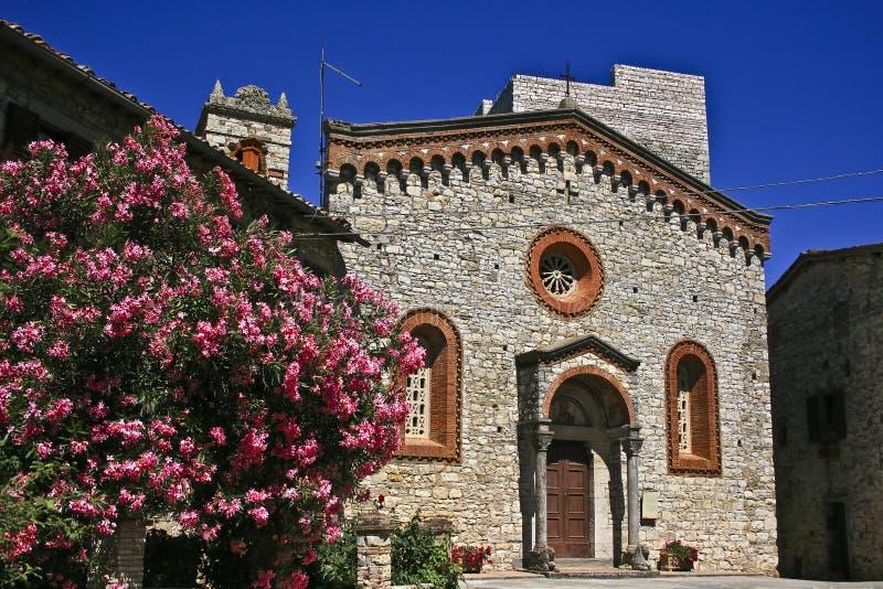 Derrière de l'Italie d'église images stock