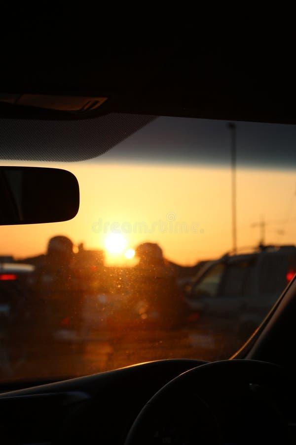 Derrière le soleil images libres de droits