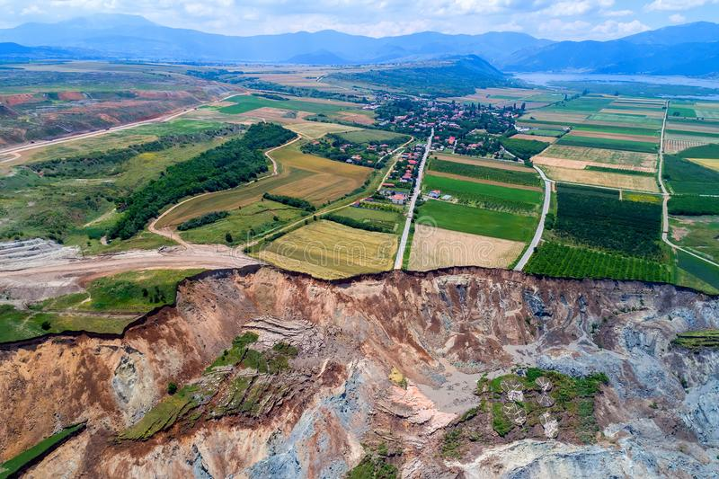 Derrumbamiento en la mina del lignito de Amyntaio foto de archivo libre de regalías