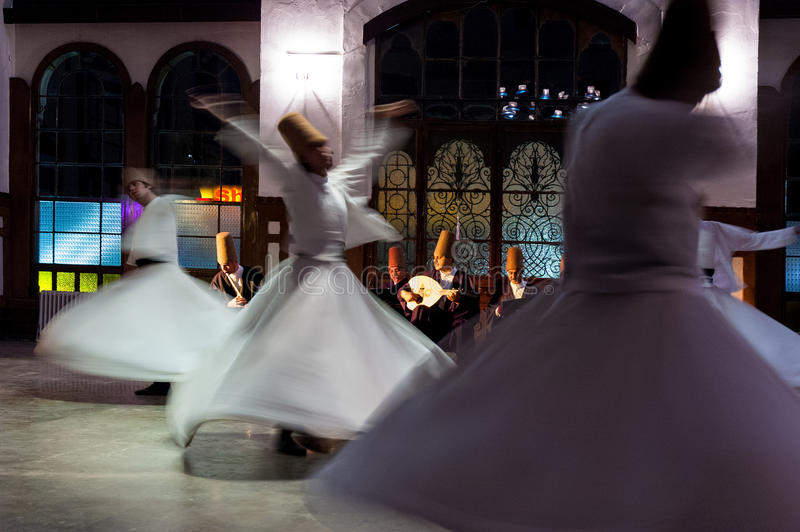 Dervishes girantesi fotografie stock