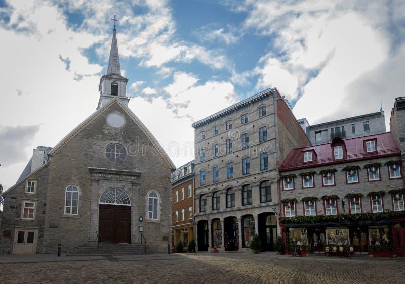 Des площади и Нотр-Дам Пляс Руаяль церковь побед королевского - Квебек (город), Канада стоковые фотографии rf
