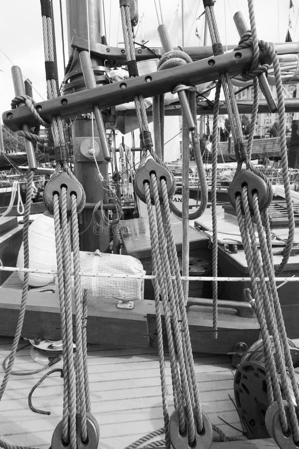 Des bateaux de vintage sont accouplés chez Victoria Classic Boat Festival photos libres de droits