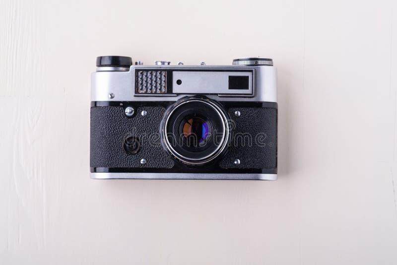 Des Fotofilm-Kamerakopien-Raumes der alten Weinlese Retro- einzelne silberne Draufsicht-Ebenenlage auf weißem Hintergrund lizenzfreie stockfotos