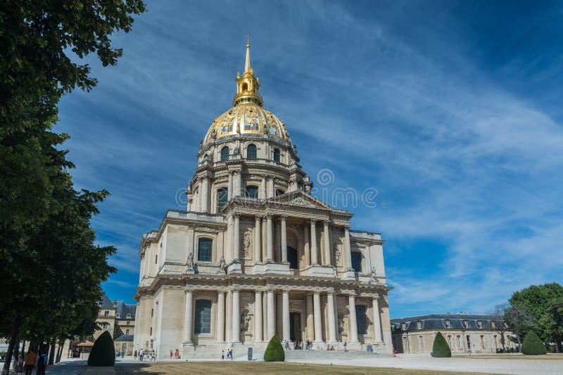 Des Invalides купола в Париже стоковое изображение