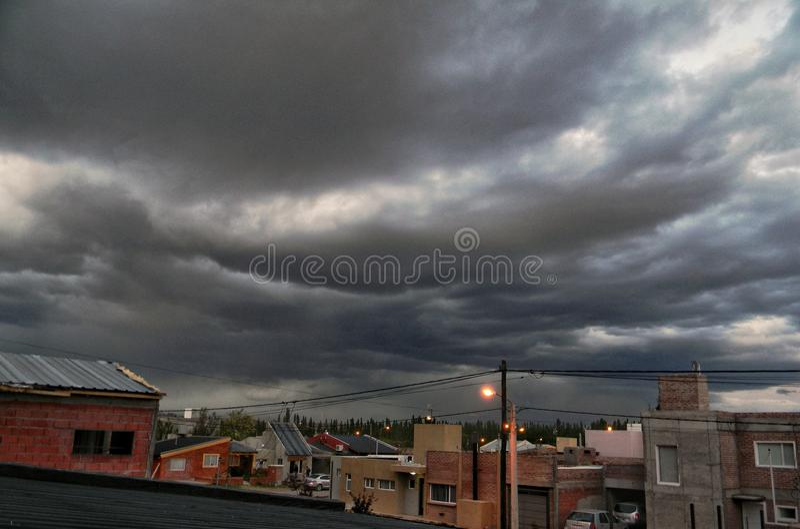 Des jours nuageux pourriez-vous être étonnant, convenez-vous ? images libres de droits