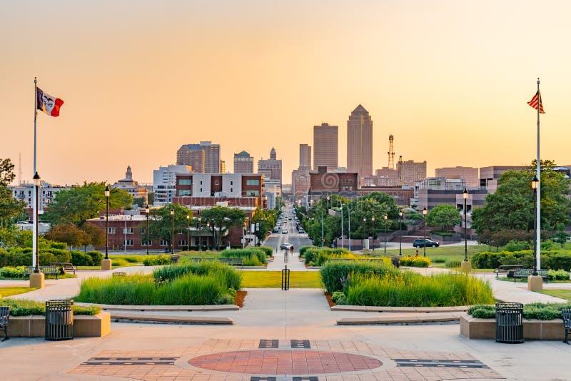 Des Moines, horizonte de Iowa imagen de archivo libre de regalías