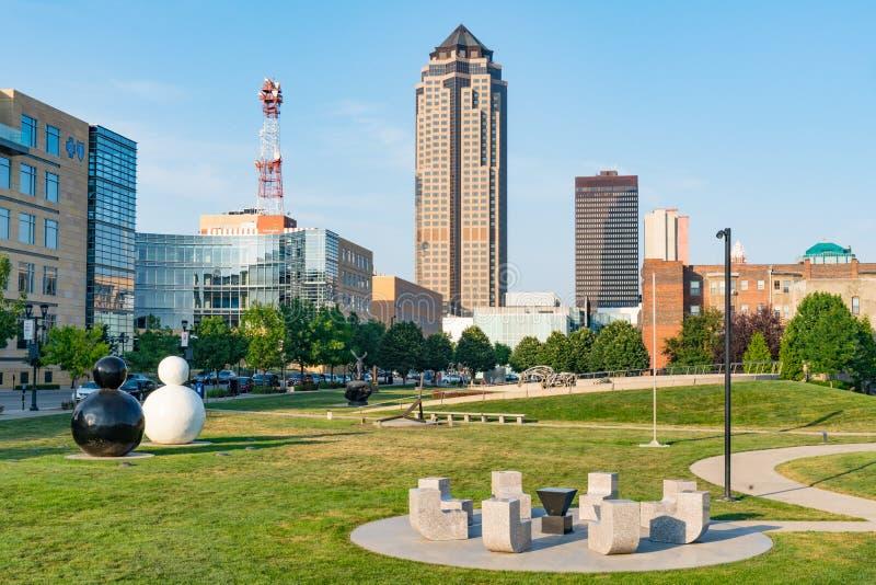 Des Moines Iowa horisont arkivfoton